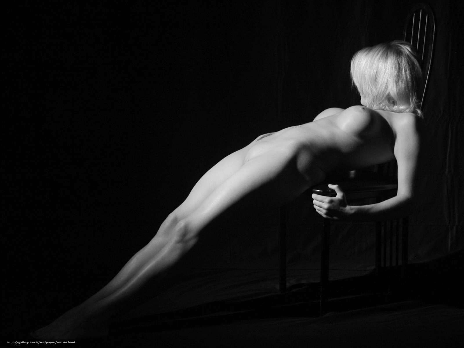 Черно белое фото девушек с большой грудью 21 фотография