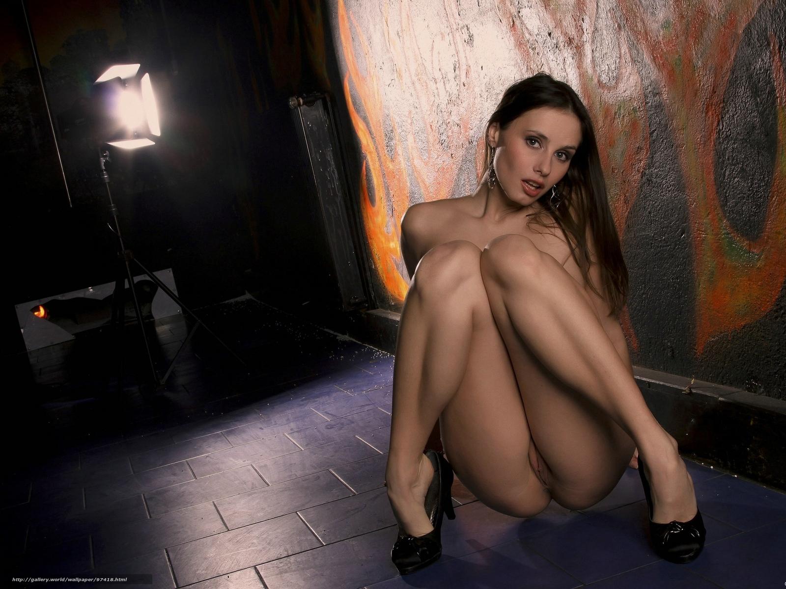 Эротические фото девушек с открытыми ротиками 15 фотография