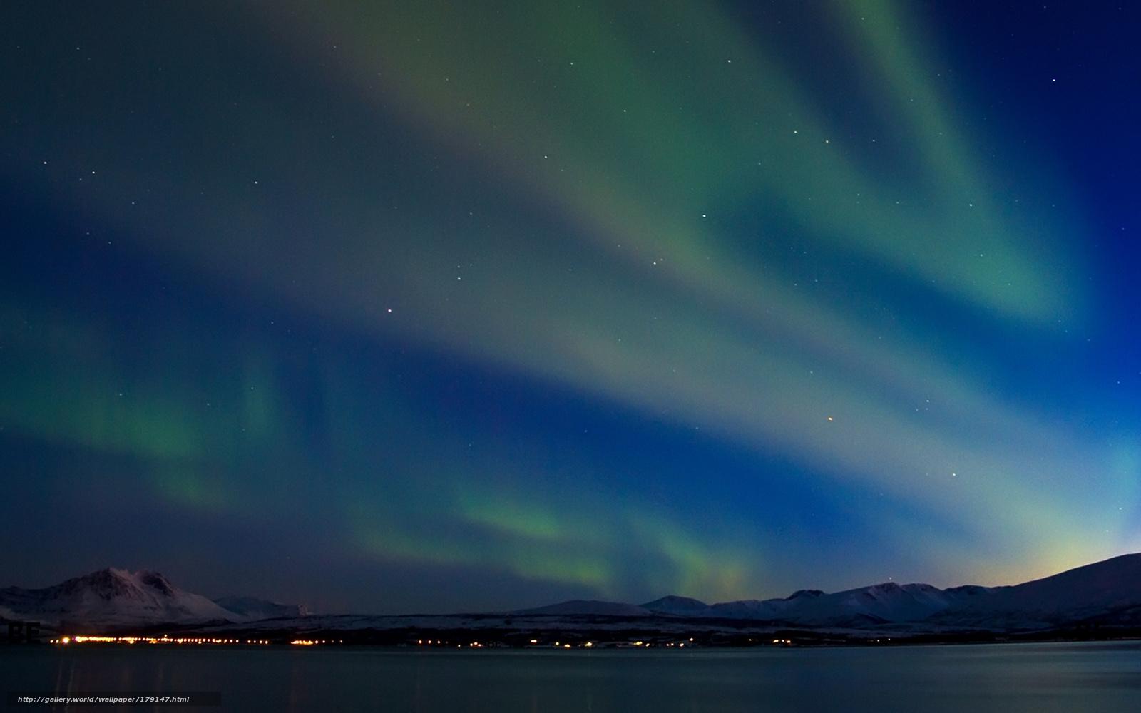 Scaricare gli sfondi inverno montagne aurora boreale for Sfondi gratis desktop inverno