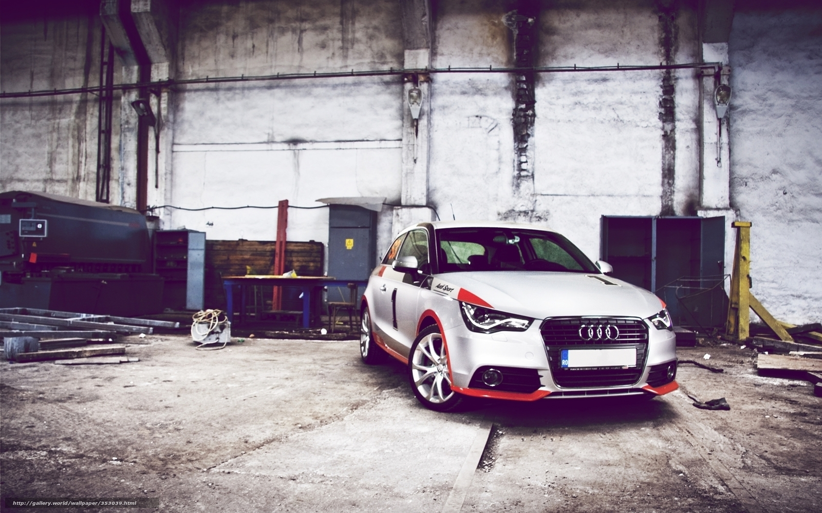 Download wallpaper garage car wallpaper audi free for Garage auto saint nazaire