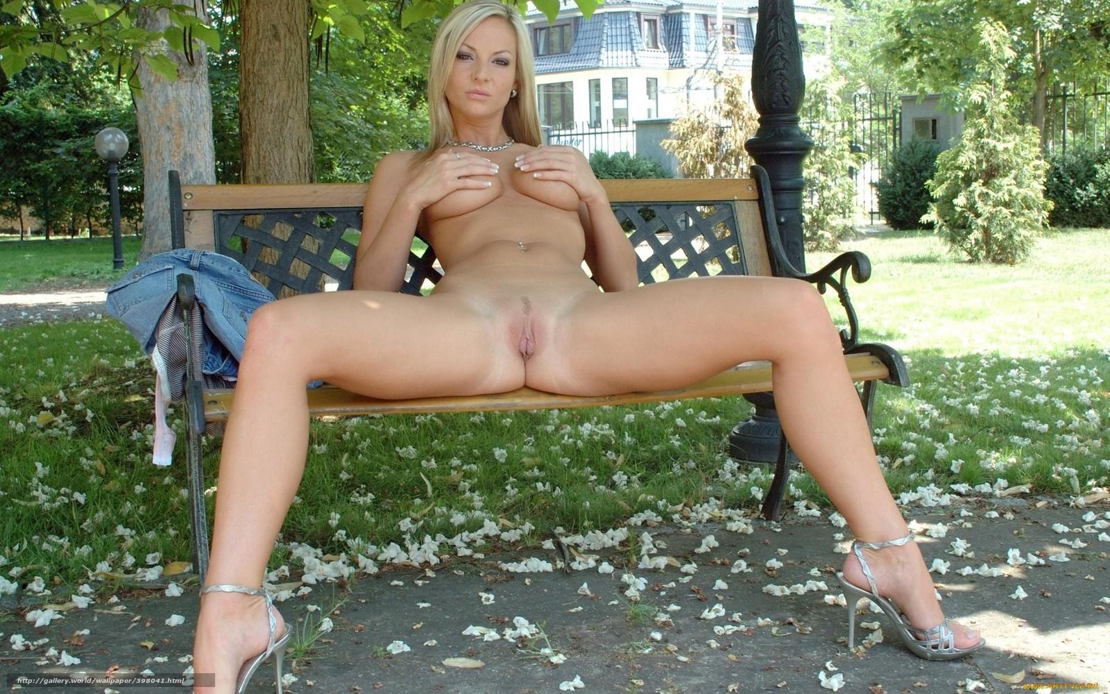 Порно с красивой блондинке в пизду