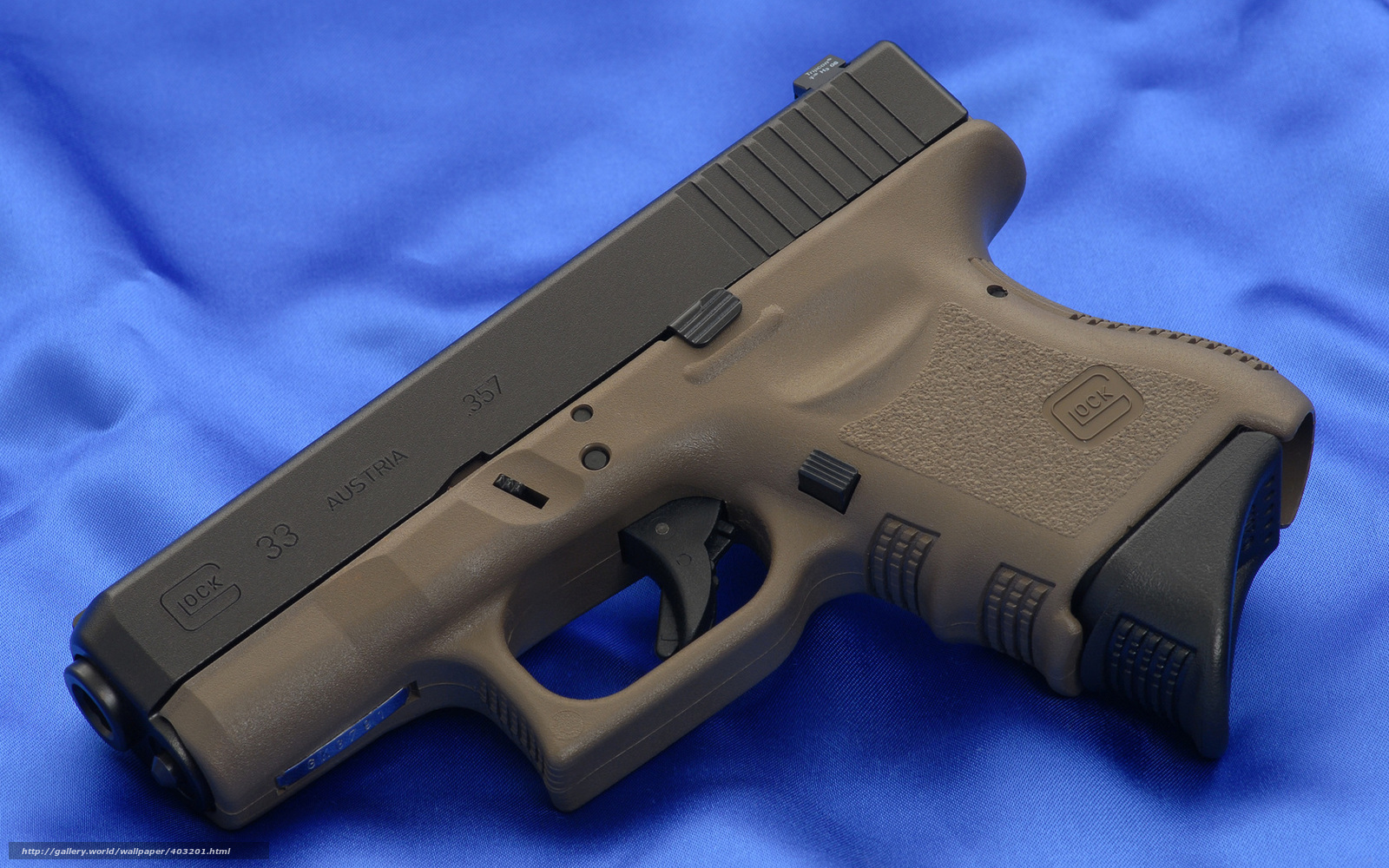 download wallpaper glock gun weapon wallpaper free