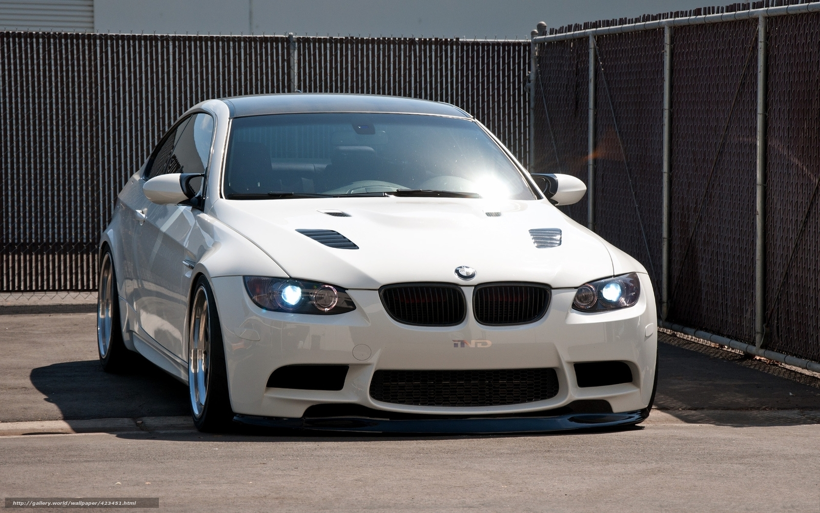 Download Wallpaper Bmw White Windshield Highlight Free
