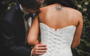groom, ring, tattoo, corset, back, dress, bride, kiss