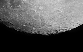 Космос: луна, сатурн, спутник