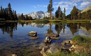 Пейзажи: озеро, прозрачная вода, горы, свежий воздух, камни, деревья, облака