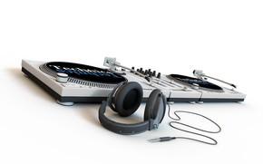 Hi-tech: минимализм, ди-джей, наушники
