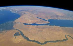 Космос: Земля, Африка, река, Нил, Красное море, Средиземное море, Синайский полуостров