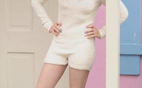 Кинозвезды: Chloe Moretz, blond, door