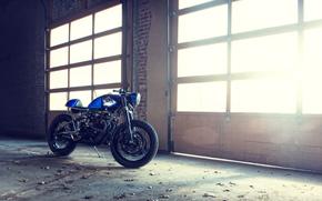 Мотоциклы: Кастом, Кафе байк, Синий