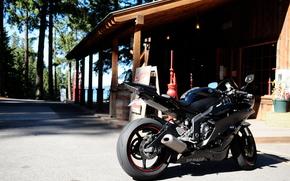 Мотоциклы: Yamaha, R6