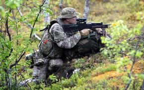 Мужчины: оружие, армия, солдат