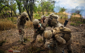 Мужчины: оружие, солдаты, армия