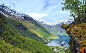 Пейзажи: Норвегия, norway, фюльке Мёре-ог-Ромсдал, Суннмёре, Гейрангер-фьорд, the geiranger fjord, фьорд, вода, горы, корабли, небо, облака