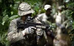 Мужчины: британские коммандос, оружие, солдат
