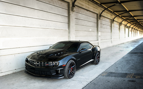 Машины: шевроле, Chevrolet, камаро, чёрный, ходовые огни, стена