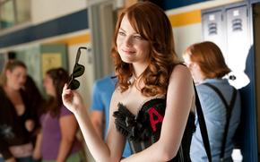 Фильмы: актриса, фильм, очки, эмма стоун, улыбка, отличница легкого поведения