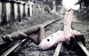 Ситуации: фон, девушка, железная дорога