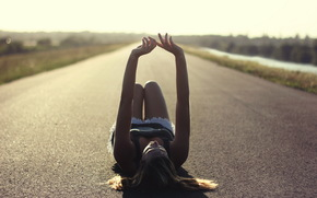 Ситуации: девушка, дорога, настроение