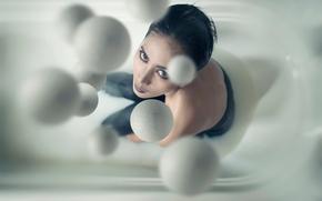 Ситуации: шары, капли, взгляд, макияж