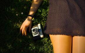 Ситуации: девушка, фотоаппарат, платье