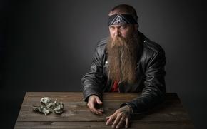 Мужчины: деньги, борода