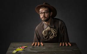 Мужчины: сосиски, портрет, очки