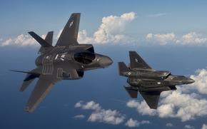 Авиация: ВВС США, Два истребителя, Истребитель пятого поколения, Малозаметные, В воздухе