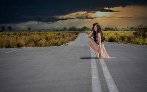 Ситуации: девочка, тучи, дорога, пуанты, небо, балерина