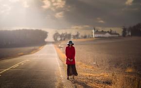 Ситуации: дорога, осень, пальто, девушка, шляпка, ожидание
