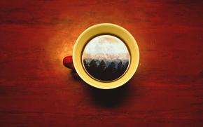 Минимализм: небо, кружка, деревья, чашка