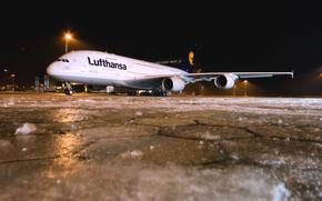 Авиация: Ночь, Зима, Авиалайнер, Аэропорт, Лед, Самолет