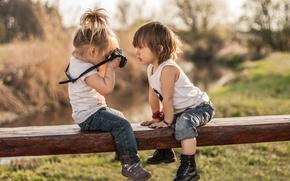 Обои Настроения: дети, девочка, мальчик, флтограф, фотоаппарат