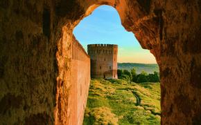 Город: Смоленск, Россия, башня, крепостная, стена, крепость, город, пейзаж, окно, природа