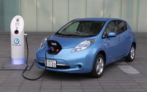 Машины: Электромобиль, Ниссан, Nissan, машина, синий, зарядка, электричество, Япония, технология, плитка