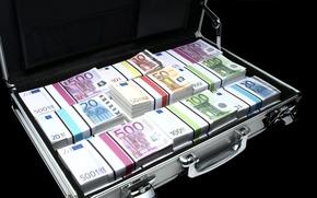 Разное: деньги, евро, банкноты, банкнота, купюра, пачка, пачки, валюта, чемодан, кейс, дипломат