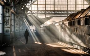 Город: Витебский, вокзал, Санкт-Петербург, Ленинград, Петрогад, Питер, Россия, утро, человек, женщина, люди, свет, поезд, вагон