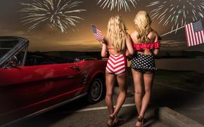 Праздники: блондинки, праздник, задницы, флажки, фейерверк, авто, машина