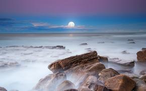 Пейзажи: небо, камни, выдержка, ночь, вечер, туман, Луна, горизонт, море, облока, пейзаж