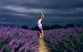 Настроения: девушка, танец, прыжок, поле, лаванда, цветы, настроение