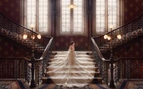 Настроения: свадьба, невеста, свадебное платье, платье, лестница, фонари, окна