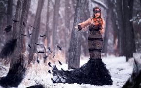 Музыка: девушка, скрипачка, фигура, платье, скрипка, маска, перья, лес, деревья, зима, снег