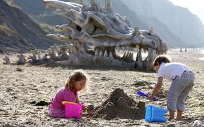 Обои Настроения: Дети, песок, череп, дракон, динозавр, пляж, море, горы
