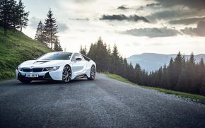 ������: BMW, i8, Carpatian Mountains, Romania