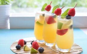 Разное: коктейль, напиток, ягоды, стаканы