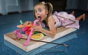 Ситуации: девочка, конфеты, сладкоежка, мышеловка, ситуация