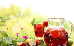 Разное: Кувшин, графин, стол, ягоды, компот, стакан, холодный, чай, напиток, лимон, мята, цветы, зелень, фрукты, черника, клубника, вишня, еда