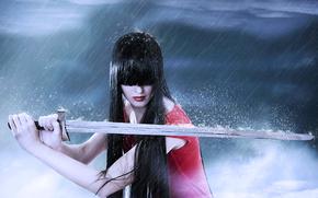 Оружие: меч, дождь, девушка, брюнетка