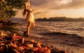 Разное: кукла, игрушки, листья, небо, вода, природа, девушки