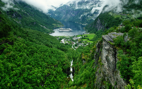 Пейзажи: Geirangerfjord, Geiranger, Norway